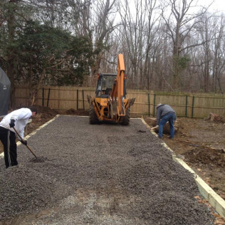 landscape contractor in Bethany and Woodbridge, CT